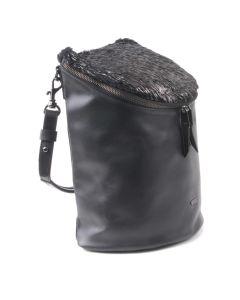 BREE Sandnes 4 - Kleiner Cityrucksack in black / black